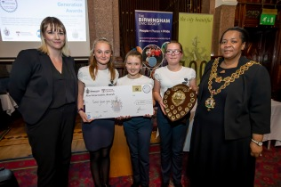 TGGS with shield & cheque, Amelia&LM